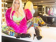 Nicki Minaj Boobs