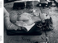 Edie Campbell Topless